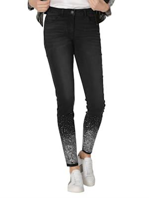 Jeans mit Glitzer am Saum