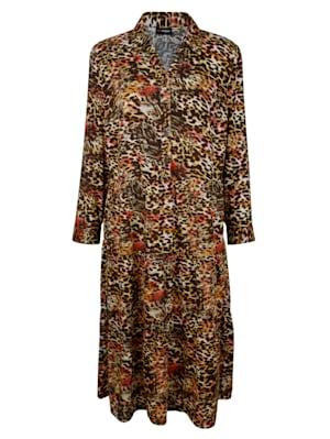 Kleid mit femininem Hemdkragen