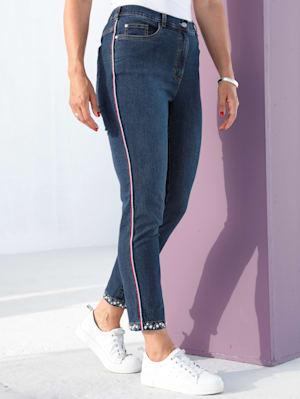 Jeans mit Perlenapplikation am Saum
