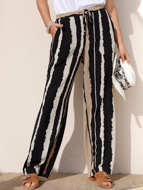 Pantalon dans une matière légèrement structurée
