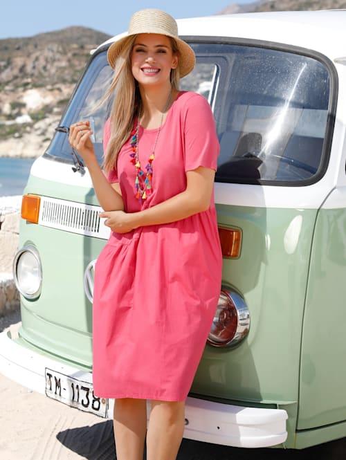 Kleid mit gewebtem Einsatz