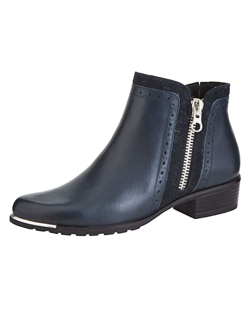 Ankle boots with an exchangeable onAir insole