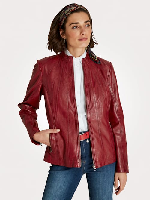 Leather jacket in a classic design