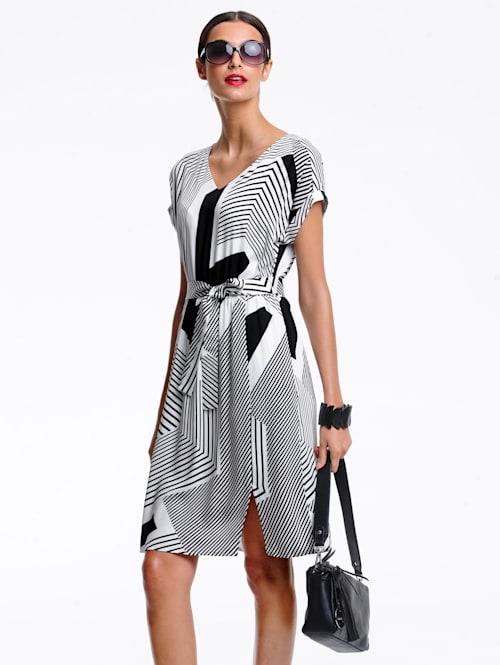 Kleid im grafischen Print allover