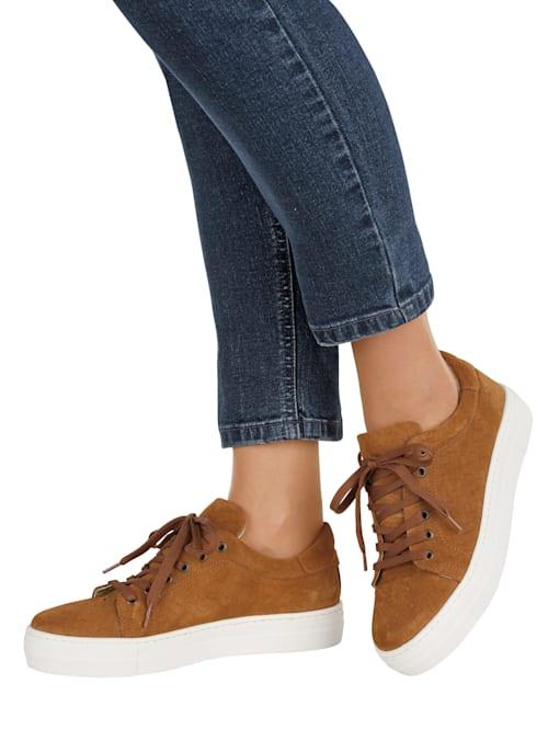 Sneakers med flätmönster