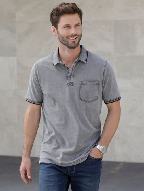 Poloshirt in washed used look