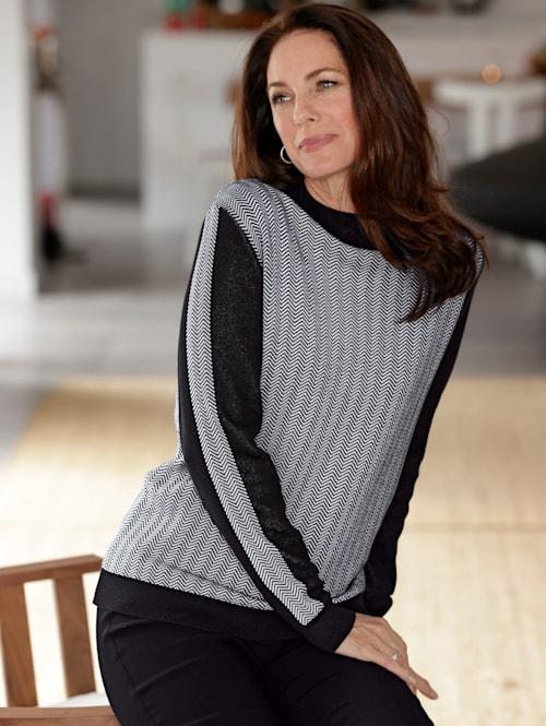 Pullover mit modischem Fischgrätmuster