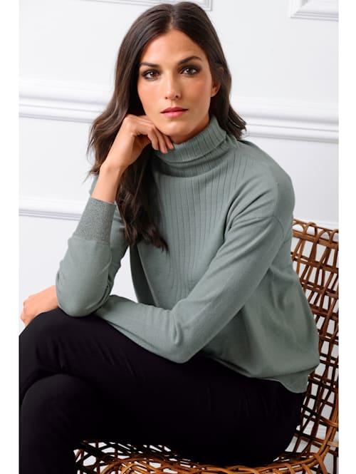 Pullover mit Glanzgarn-Effekten