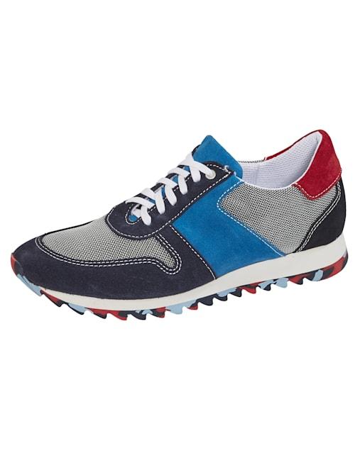 Sneakers à semelle crantée