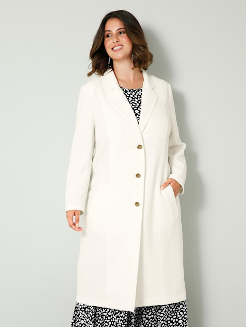 Mantel in klassiek model
