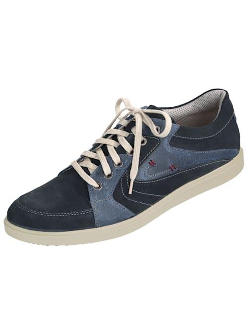 Šnurovacia obuv s kontrastným ozdobným prešívaním