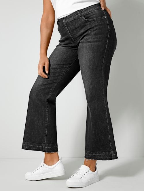 Bootcut-Jeans mit offenem Saum