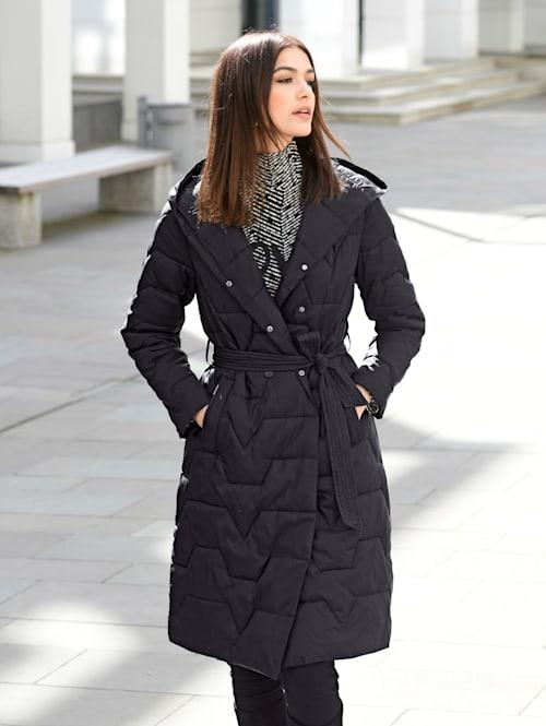 Mantel in modischer Steppoptik