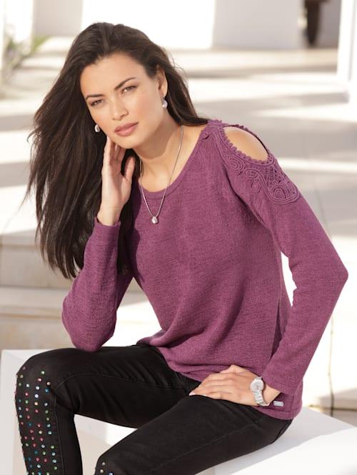 Pullover mit Spitze am Ärmel