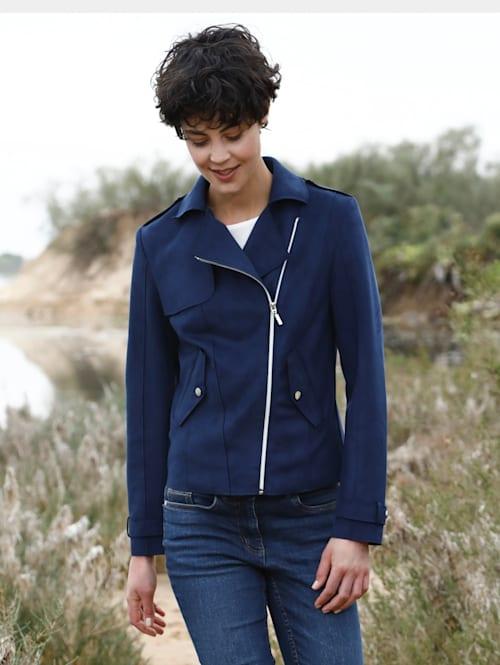 Jacke mit asymmetrischem Reißverschluss