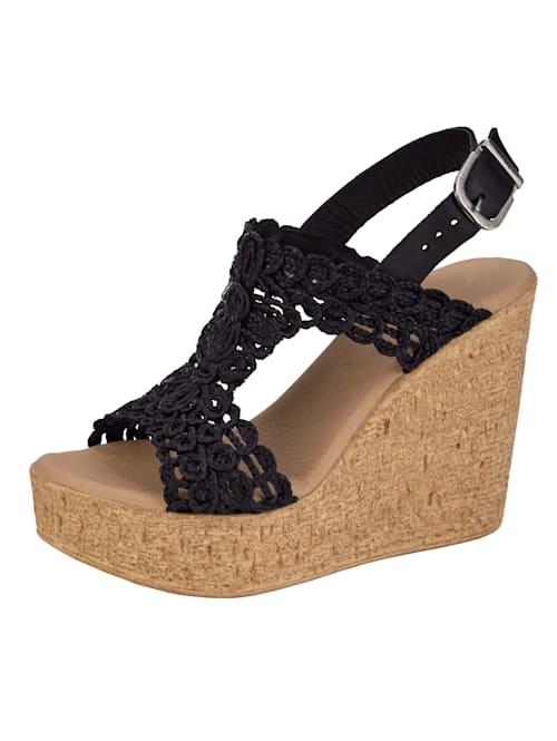 Sandales compensées à effet macramé