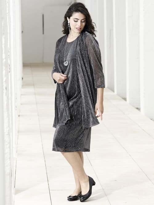 Kleid mit 2-in-1 Optik