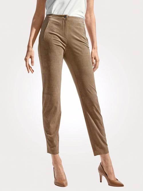 Pantalon en similicuir velours