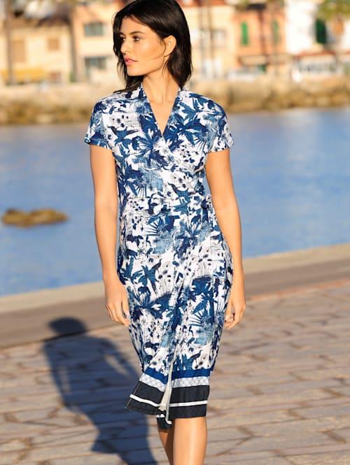 Jerseyklänning med mönster som är exklusivt för Alba Moda