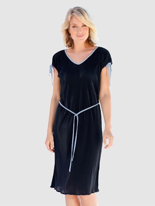 Kleid mit Bindeband