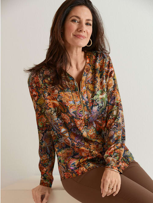 Pull-on blouse with zip detail