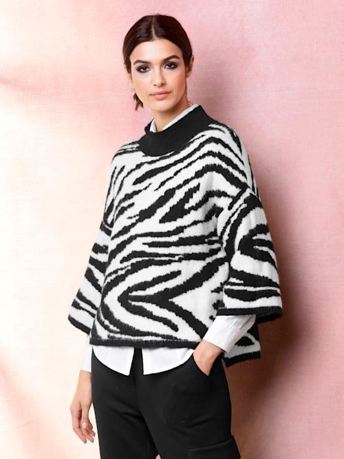 Pullover allover im neu designten Zebramuster