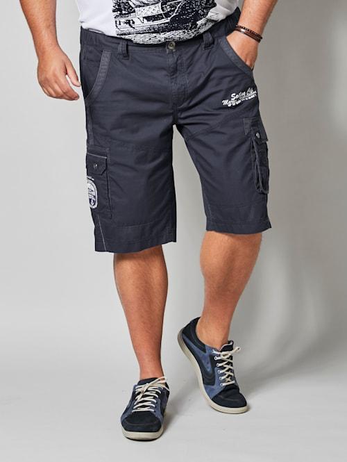 Shorts i cargomodell