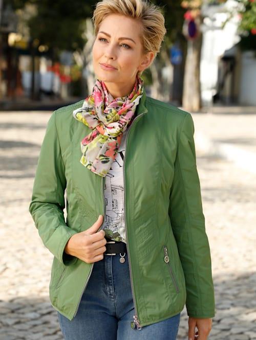 Sakový kabátik perfektný na prechodné obdobie