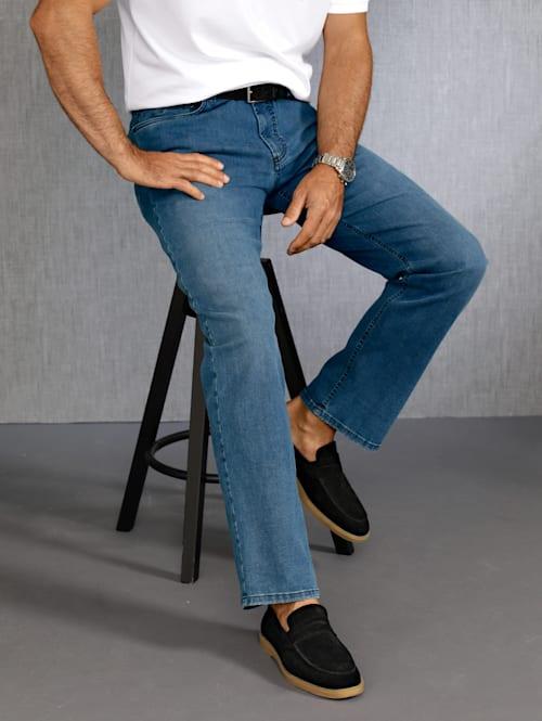 Jeans mit dualFX Technologie
