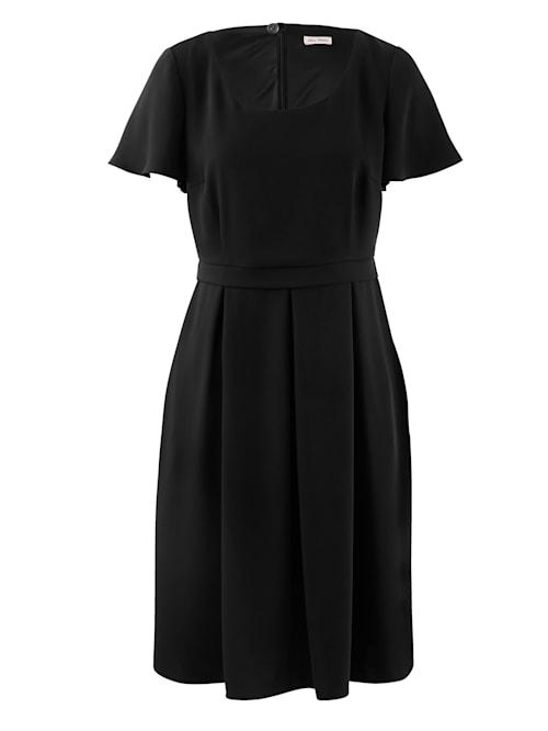 Kleid aus hochwertiger, creppiger Ware