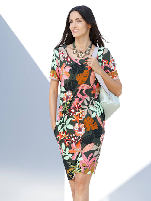 Jerseykleid mit floralem Muster allover