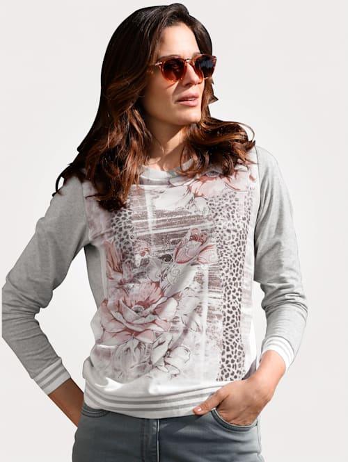 Shirt mit charmantem Floraldruck