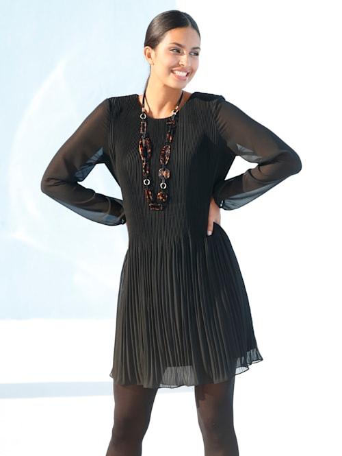 Plisseekleid in leicht ausgestellter Form