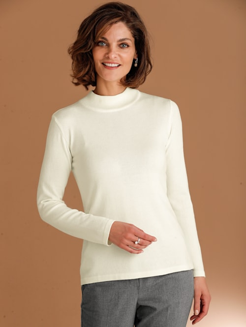 Jumper made from a soft fabric blend