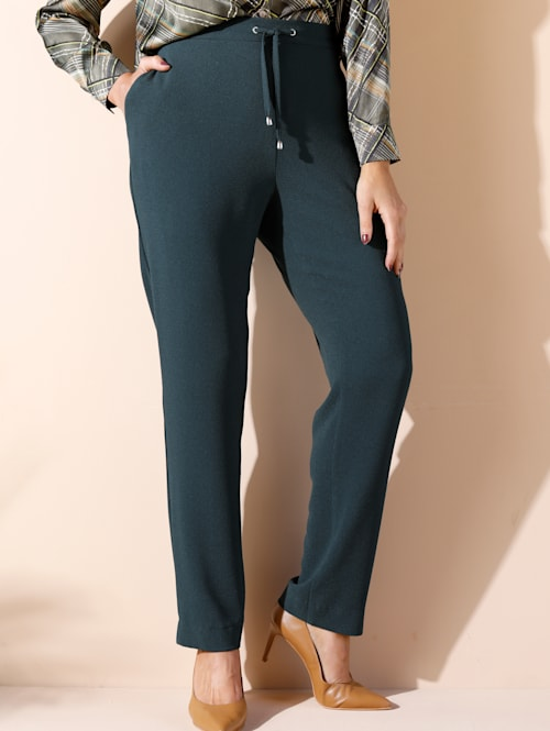 Nohavice v ľahkej kvalite