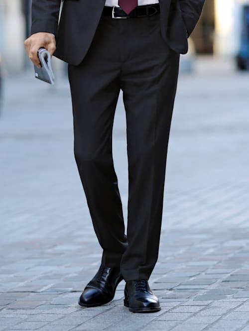 Kostymbyxor i klassisk modell