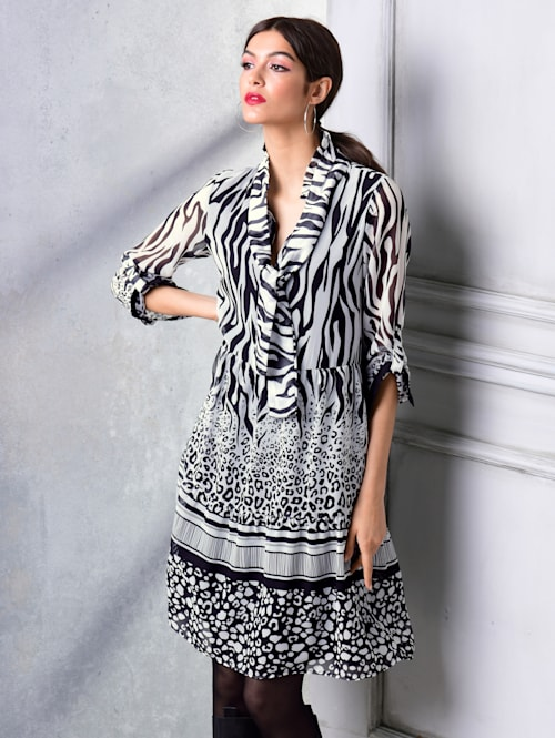 Kleid allover im neu designten Mustermix