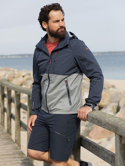 Softshell bunda s odnímatelnou kapucí