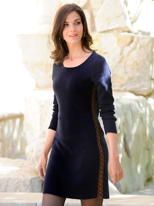 Kleid im exklusivem Jacquardstrick
