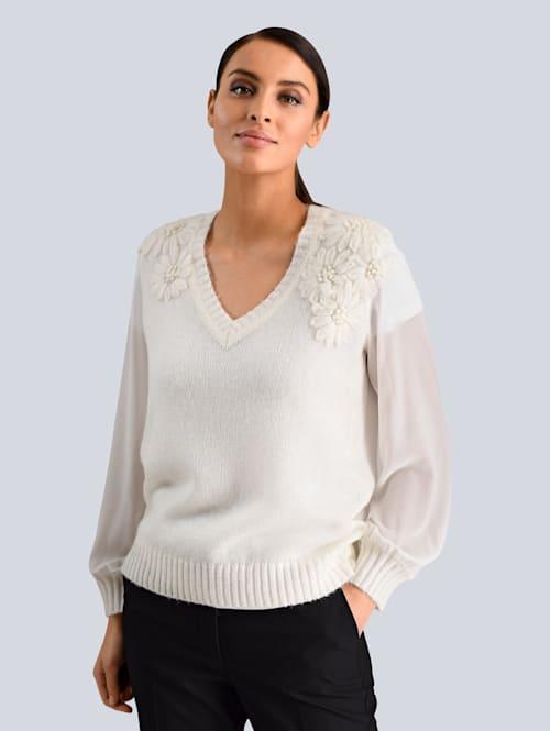 Pullover in luftiger Strickart