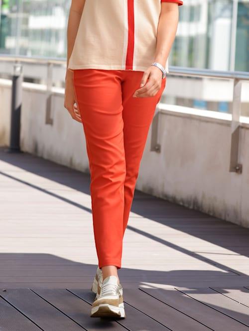 Chinos i härlig färg