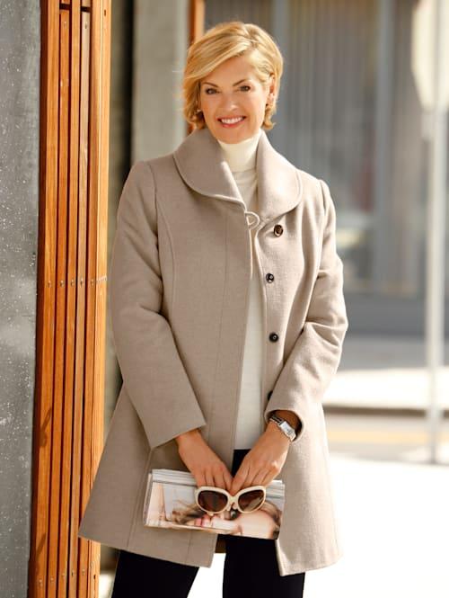 Manteau en laine àcol châle
