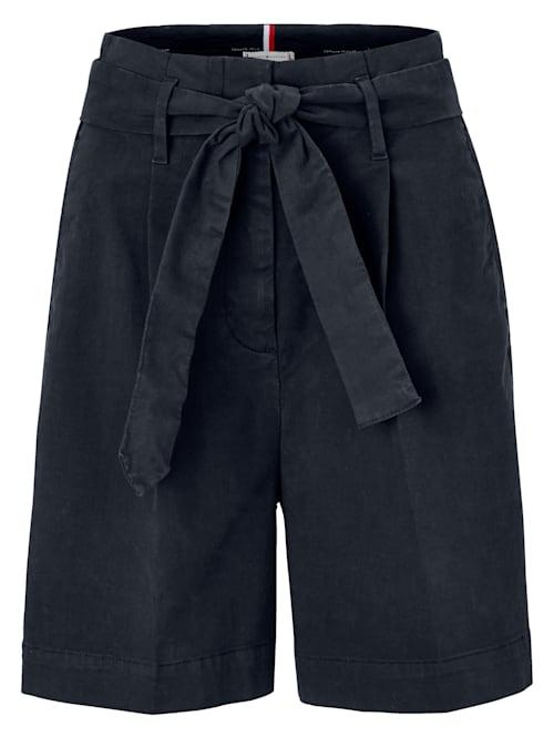 Shorts mit High Waist