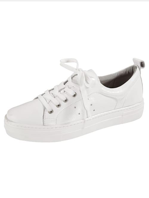 Sneakers i härligt bekväm modell