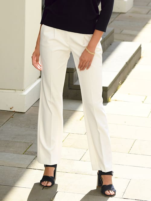 Kalhoty se širokými nohavicemi