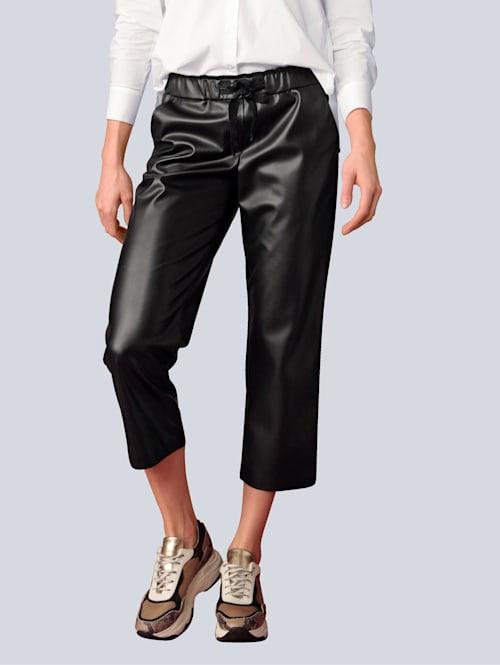 Hose aus Fake-Nappa-Leder
