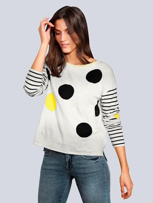Pullover mit großen Punkten