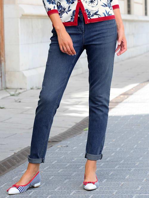 Jeans i trendig joggermodell