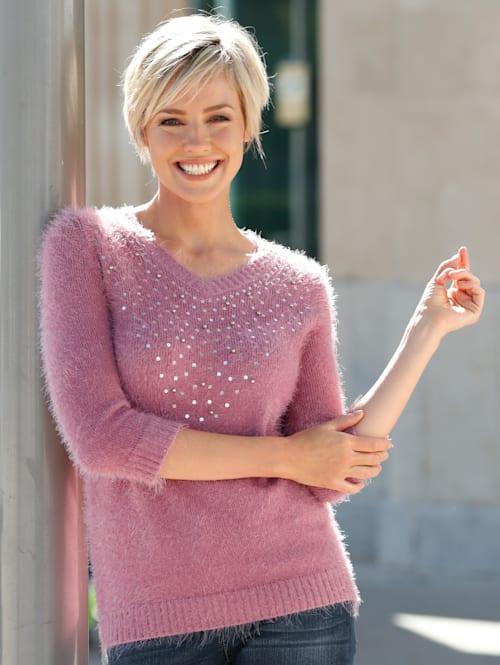 Pullover mit Dekoration