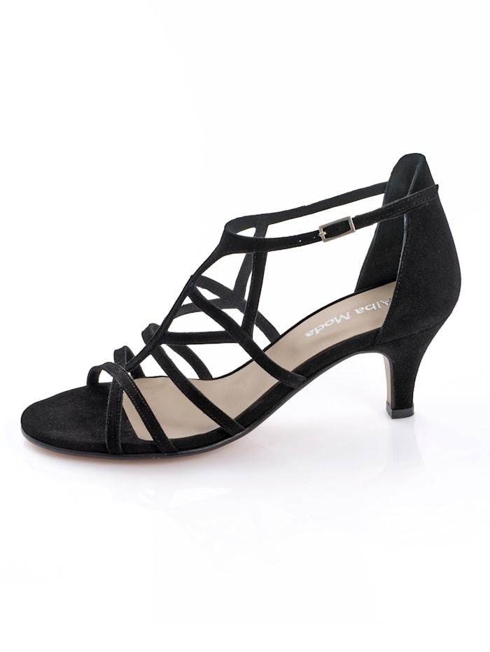 Sandály v ženském designu